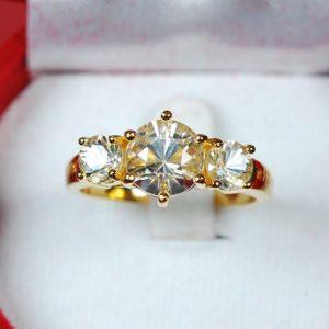 4201_แหวนจักรพรรดิ์ ๑๐๐ปีเกิด หลวงพ่อ (ทรงผู้หญิง)_01